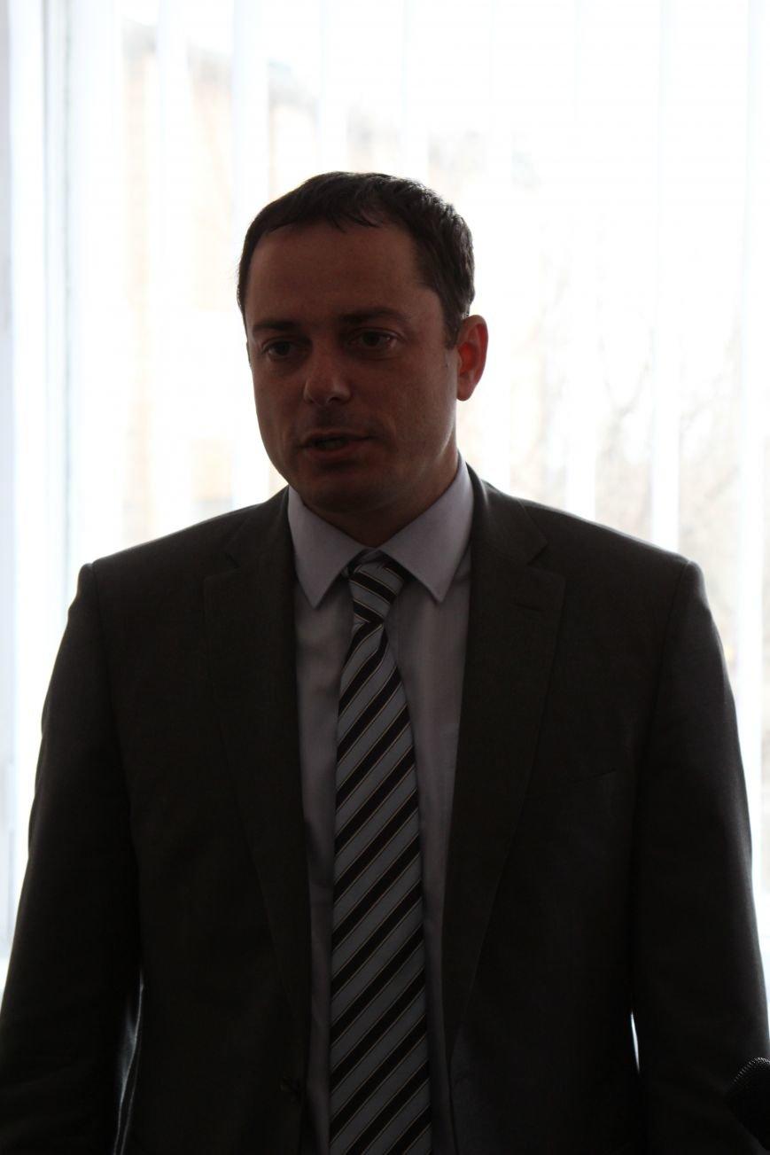 В Днепродзержинске начинает работу региональный представитель омбудсмена, фото-2