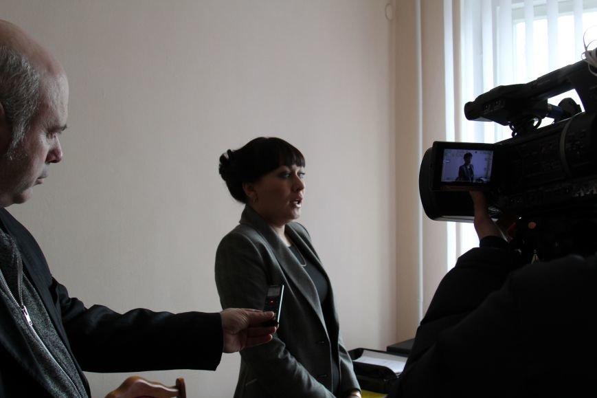 В Днепродзержинске начинает работу региональный представитель омбудсмена, фото-3