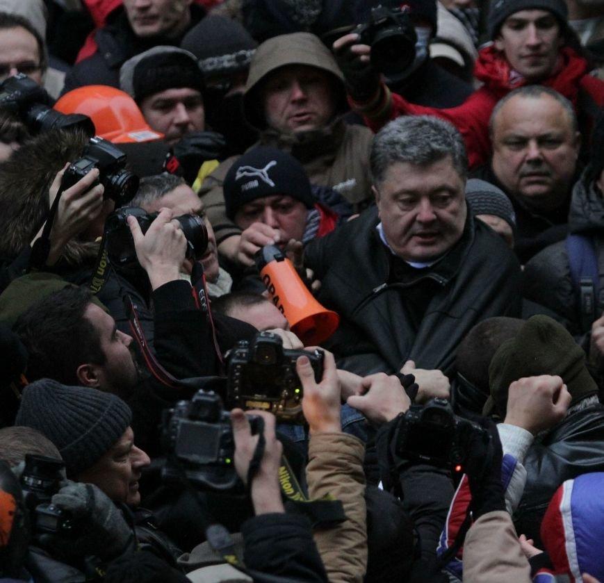Таксист, спасший Порошенко в Симферополе перед референдумом, теперь жалеет об этом и вспоминает: