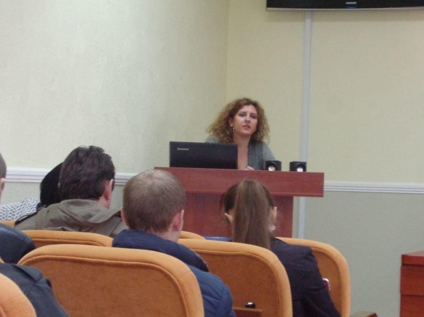 В ДонНТУ Красноармейска стартовала гуманитарная конференция, посвященная феномену украинской интеллигенции (фото) - фото 9