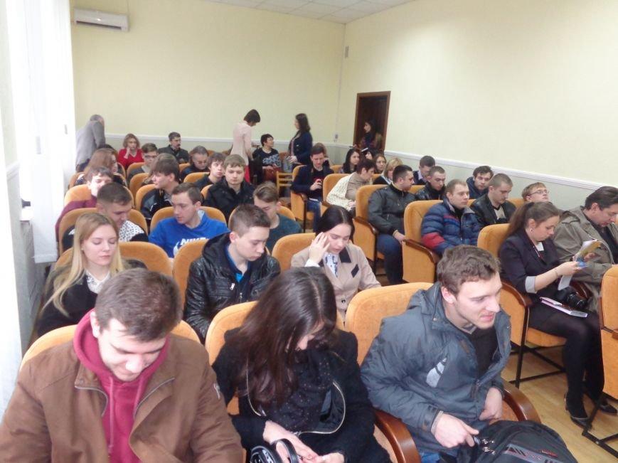 В ДонНТУ Красноармейска стартовала гуманитарная конференция, посвященная феномену украинской интеллигенции (фото) - фото 1