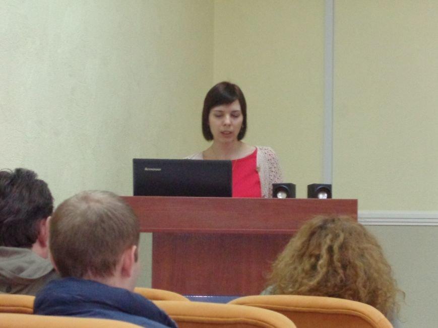 В ДонНТУ Красноармейска стартовала гуманитарная конференция, посвященная феномену украинской интеллигенции (фото) - фото 11