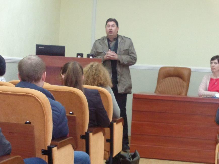 В ДонНТУ Красноармейска стартовала гуманитарная конференция, посвященная феномену украинской интеллигенции (фото) - фото 12