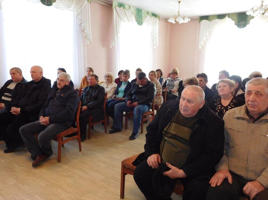 Наболевшие вопросы были подняты на сессии Святогоровского поселкового совета (фото) - фото 1