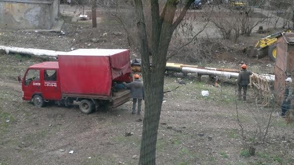 В Мариуполе  теплотрассу по улице Зелинского спрячут под землю (Фотофакт), фото-1