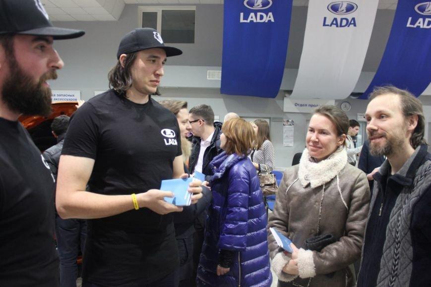 В Сыктывкаре презентовали автомобиль LADA XRAY (фото) - фото 7