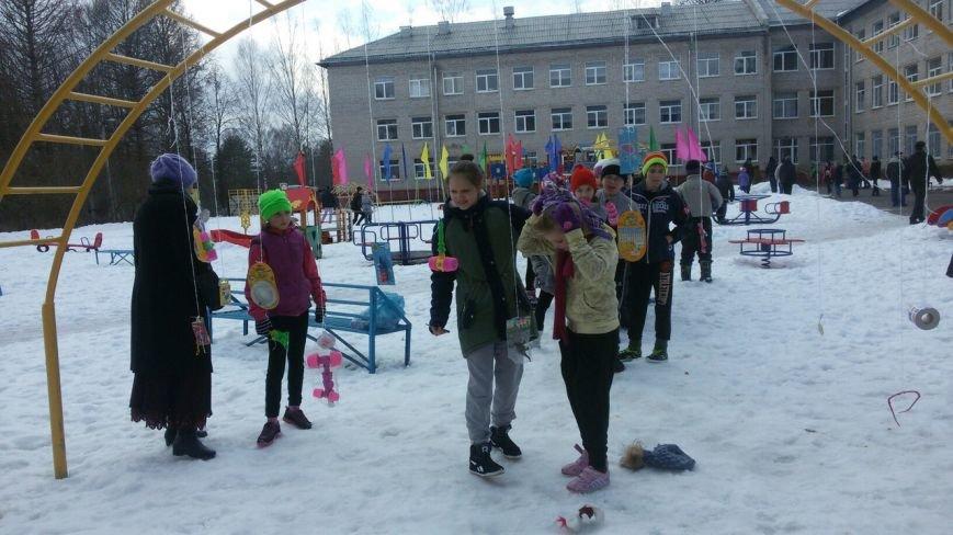 Под Тверью волонтёры проводили зиму с воспитанниками школы-интерната (фото) - фото 3