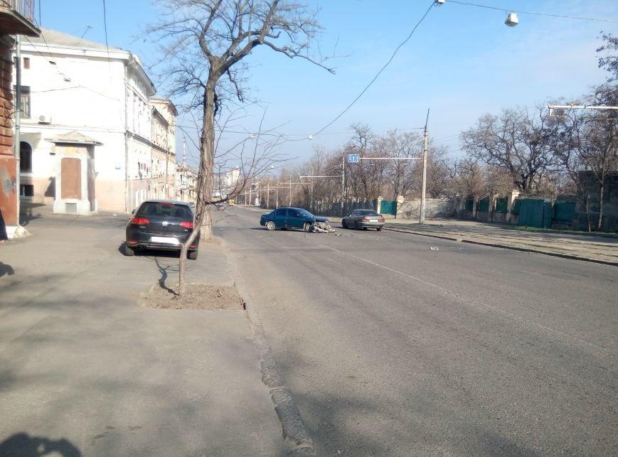 В центре Одессы масштабная авария (ФОТО), фото-2