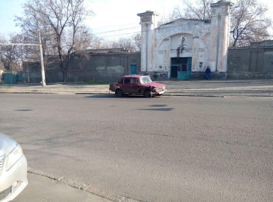 В центре Одессы масштабная авария (ФОТО), фото-1