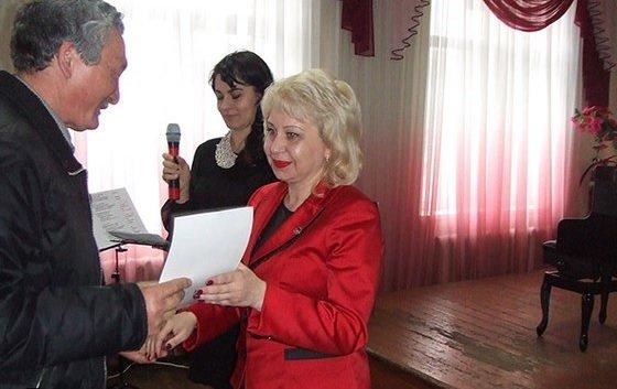 В преддверии профессионального праздника в Макеевке поздравили работников ЖКХ (фото) - фото 3
