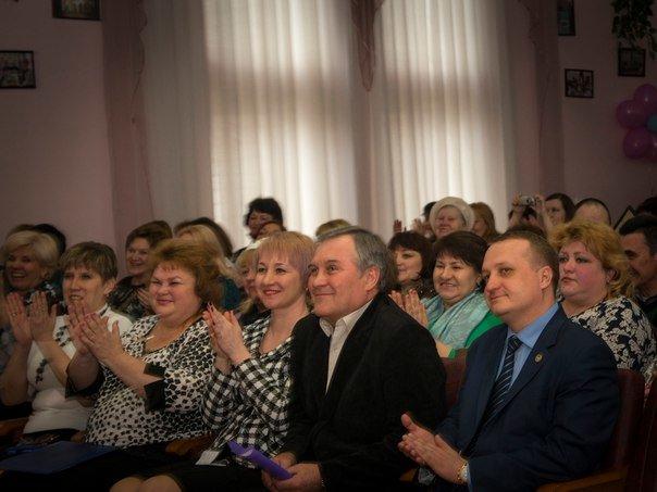 В преддверии профессионального праздника в Макеевке поздравили работников ЖКХ (фото) - фото 1
