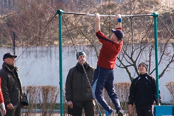У Франківську відбирають кандидатів до спецпідрозділу поліції «Корд» (фото) - фото 2