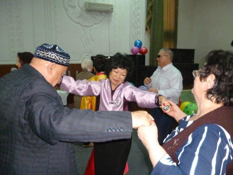 Амал – казахский Новый год в Доме престарелых и инвалидов (фото) - фото 1