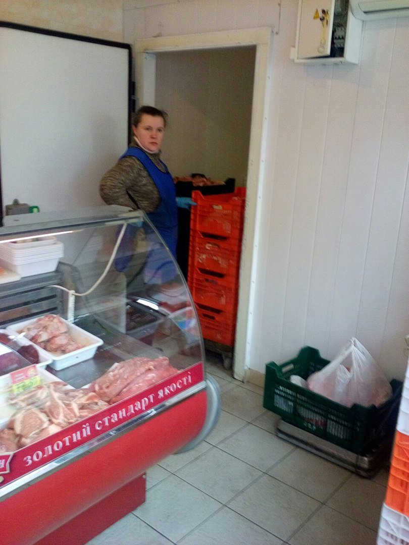 На Днепропетровском рынке продают испорченную курицу (ФОТОФАКТ) (фото) - фото 2