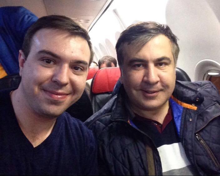 aa51dcf0c7365acc28708bea48292818 Одесситы встретили Саакашвили в эконом-классе рейса на Стамбул