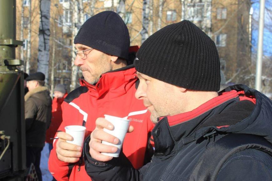Сыктывкарцы празднично отметили день воссоединения Крыма с Россией (фото) - фото 7