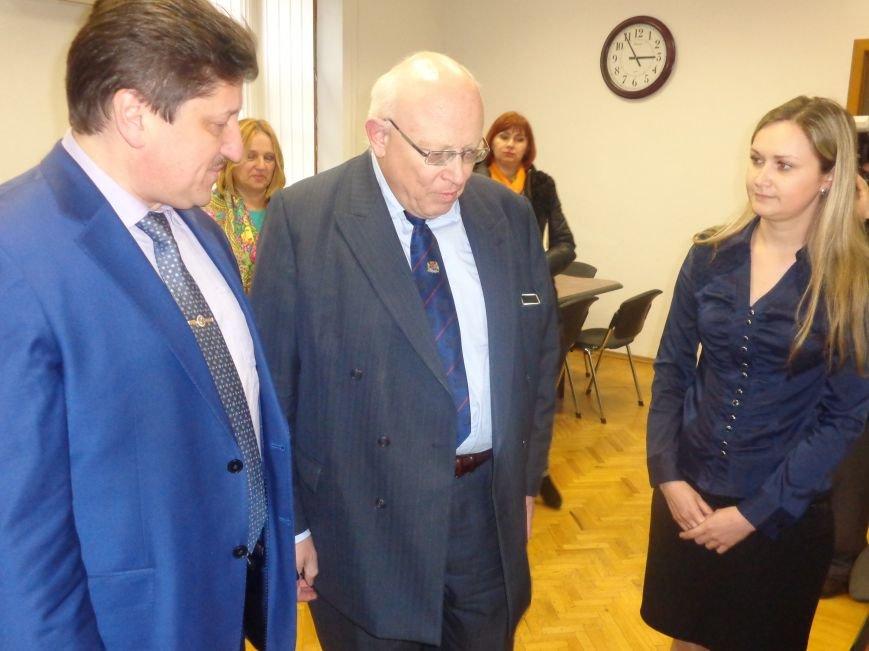 ДонНТУ Красноармейска посетил Генеральный консул Германии (фото) - фото 5