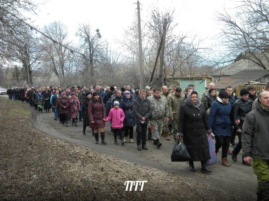 На Полтавщині провели в останню путь бійця АТО (ФОТО) (фото) - фото 2