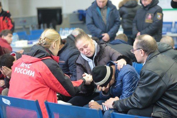 Родственникам погибших в авиакатастрофе в Ростове выплатят по 1 млн рублей - Голубев (фото) - фото 4