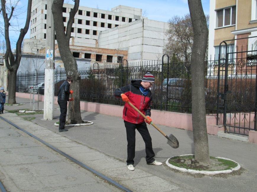 de62c609f78f62ca248c8aff31dfb044 Протест с лопатами. Одесситы против расширения Французского бульвара