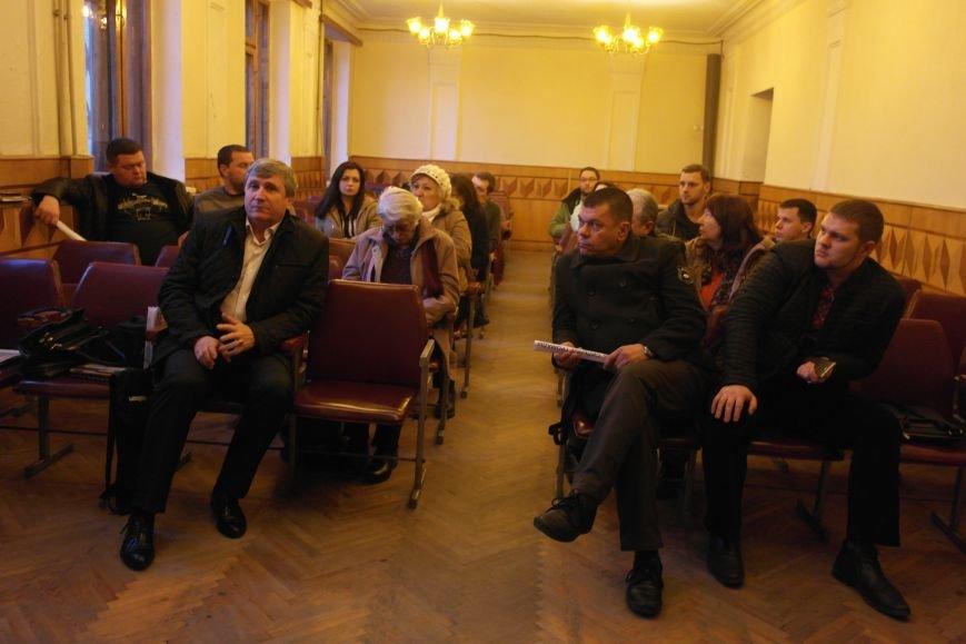 В Красноармейске подытожили 100 дней работы новоизбранного городского совета и озвучили чертову дюжину серьезных проблем, фото-8