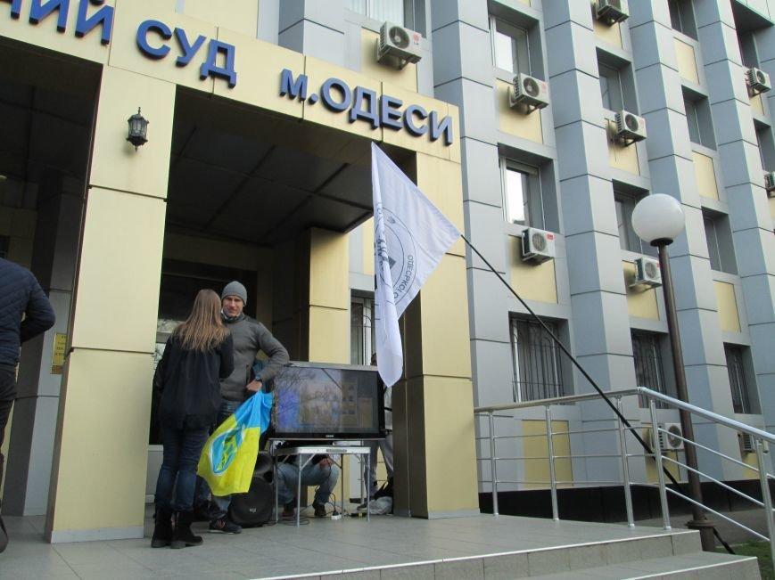 83088275f4fbacca26730bf41e389978 Одесский чиновник-взяточник отделался домашним арестом
