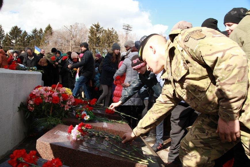 Юрий Вилкул: Теперь наша задача - окружить заботой и помочь каждой семье, которая понесла непоправимую утрату (ФОТО), фото-4