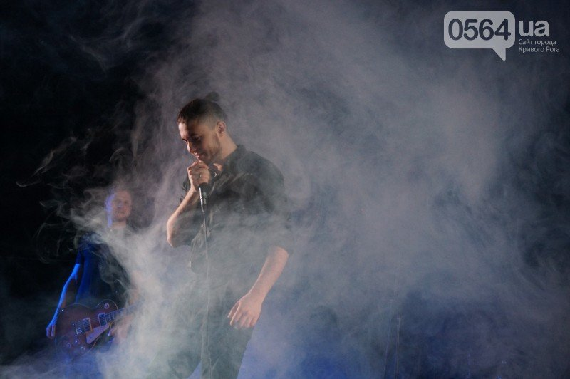 """Предложение руки и сердца, селфи с фанатами - на концерте """"Антител"""" в Кривом Роге было """"Все красиво"""" (ФОТО), фото-18"""