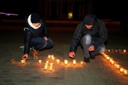 В Херсоне провели Час Земли (фото, видео) (фото) - фото 1