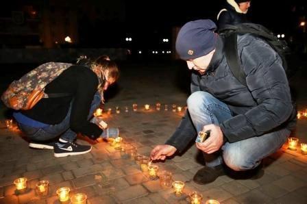 В Херсоне провели Час Земли (фото, видео) (фото) - фото 3