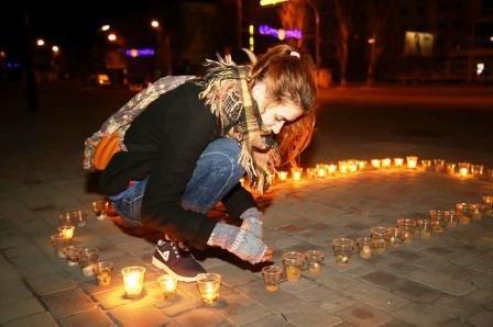 В Херсоне провели Час Земли (фото, видео) (фото) - фото 2