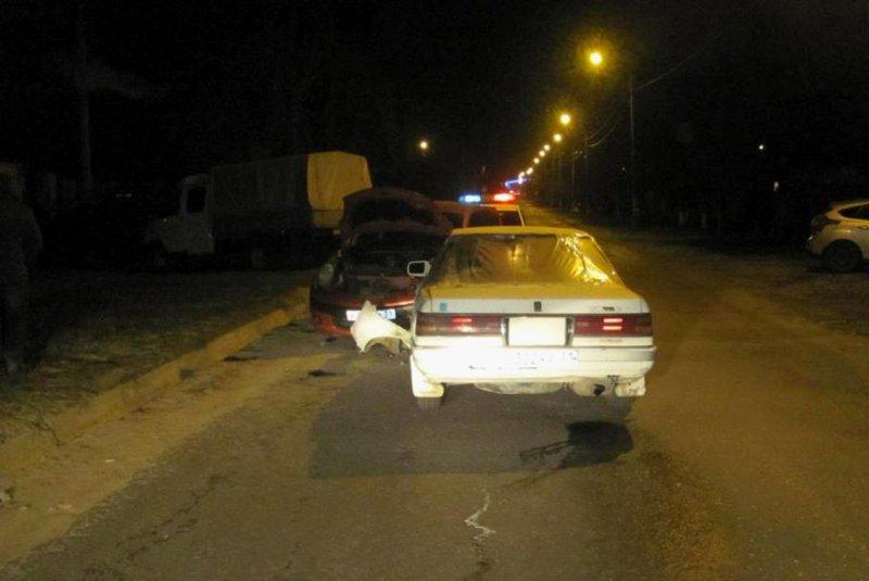В Белгороде на Богданке перевернулась иномарка (фото) - фото 3