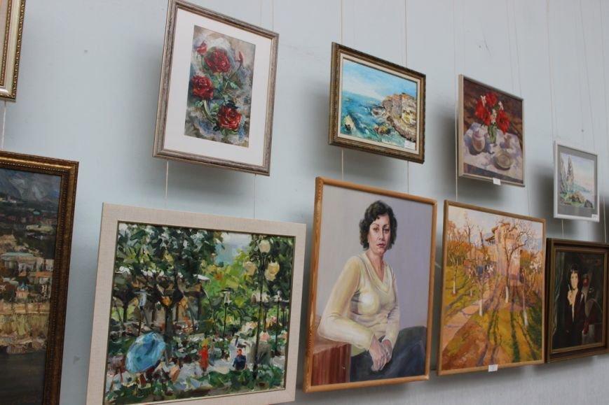 В Ялте открылась выставка картин преподавателей и студентов Гуманитарно-педагогической академии, фото-2