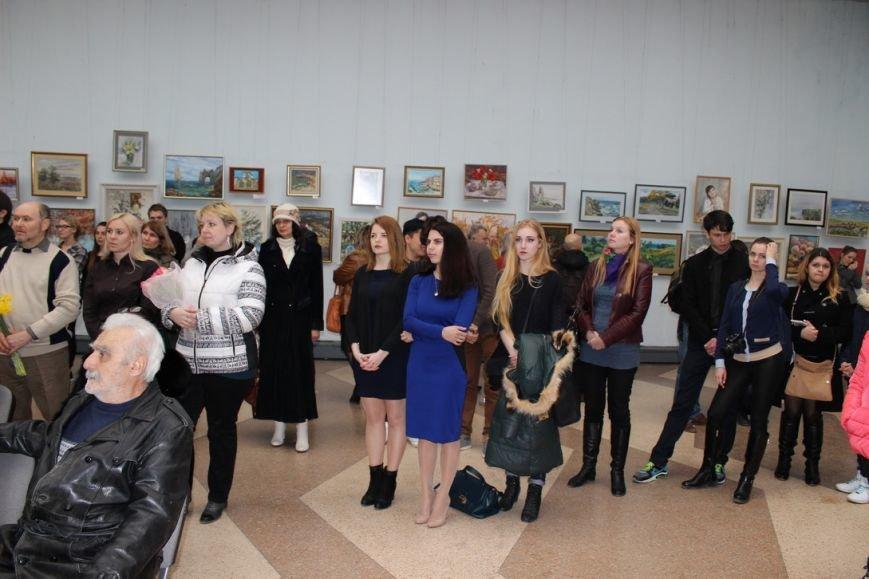 В Ялте открылась выставка картин преподавателей и студентов Гуманитарно-педагогической академии, фото-1