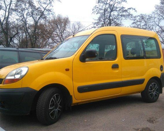 Кіровоградські поліцейські спільно з колегами з Полтавщини затримали учасників організованої злочинної групи, що промишляла угонами автомобілів на...