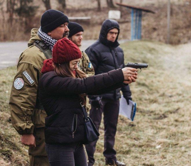Тернополян вчити культури поводження зі зброєю (фото) (фото) - фото 1