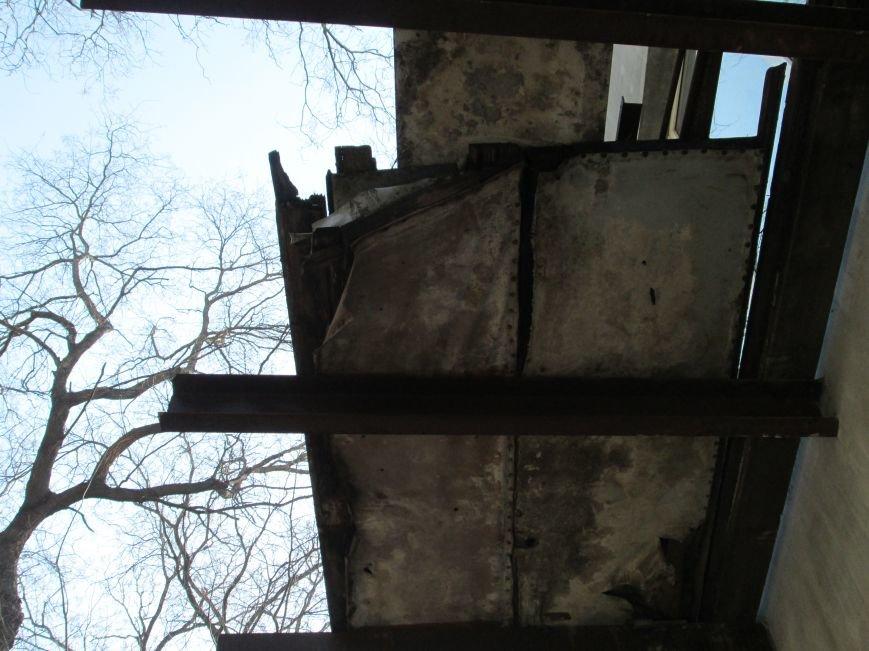 eb2599d5dc6abb983ecf347107311d17 Довели до ручки: В Одессе можно наблюдать парад падающих балконов