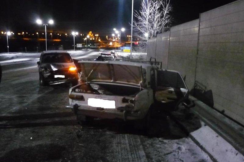 В Белгородской области погиб водитель перевернувшей иномарки (фото) - фото 1