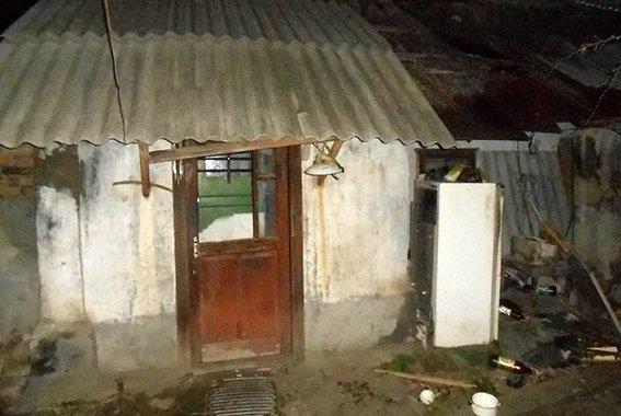 140d9ae48e990c57e5e1ec42534272f4 В Одесской области мужчина задушил друга нунчаками и спрятал тело в погребе