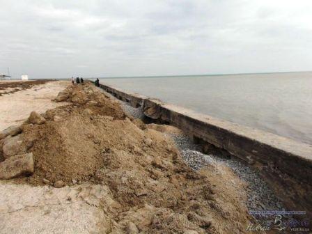 У мэра Геническа на пляж большие планы (фото) (фото) - фото 1