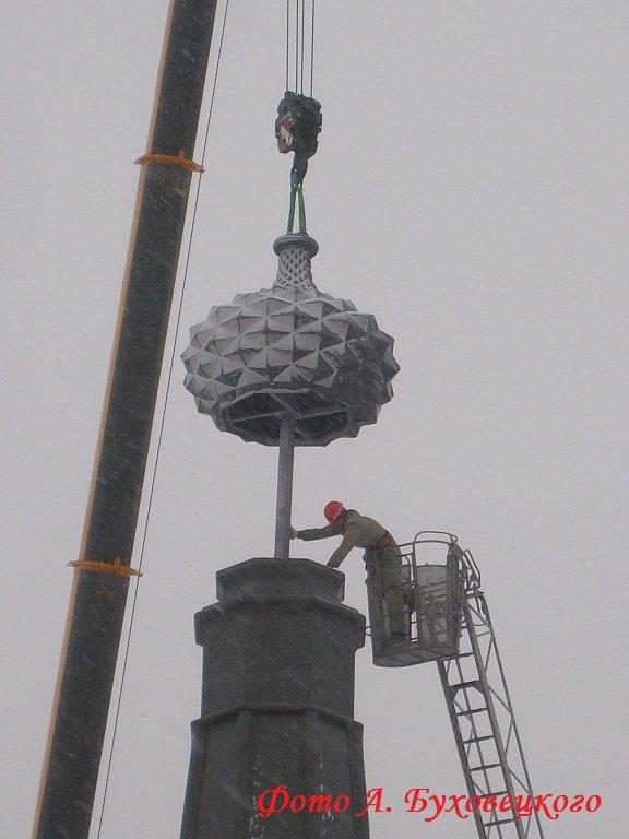 90 тонн чугуна и более 100 кубов бетона в центре Полоцка. Как возрождался памятник Героям Отечественной войны 1812 (фото) - фото 10
