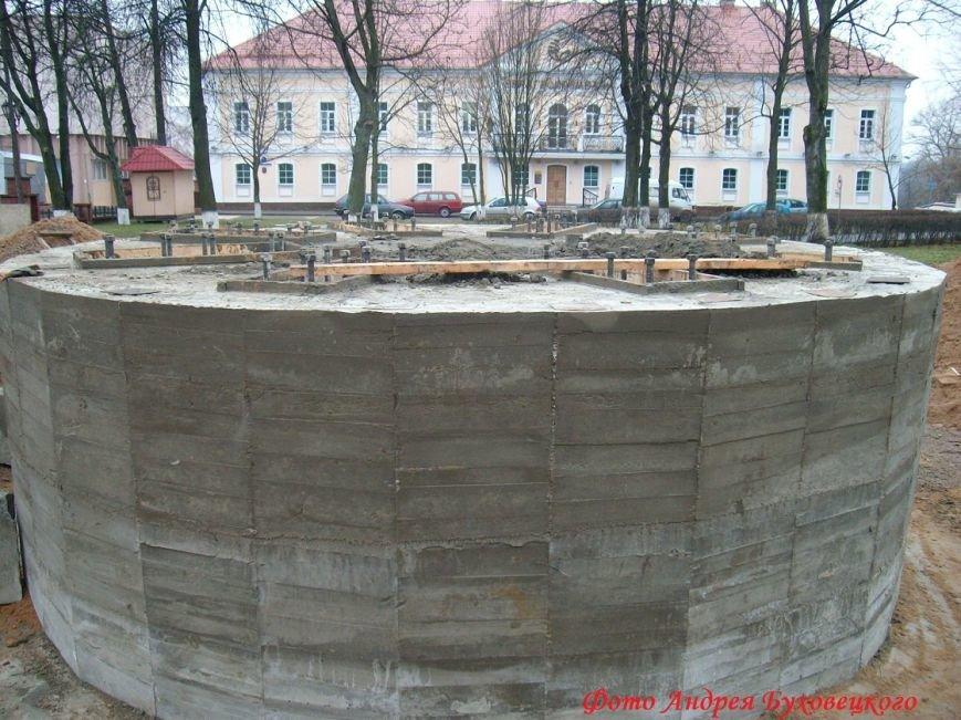 90 тонн чугуна и более 100 кубов бетона в центре Полоцка. Как возрождался памятник Героям Отечественной войны 1812 (фото) - фото 4