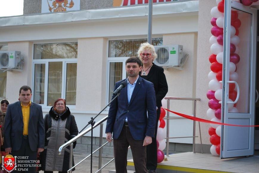 Открытие МФЦ в Симферопольском районе позволит сократить очереди в столице Крыма, - Полонский (ФОТО), фото-3