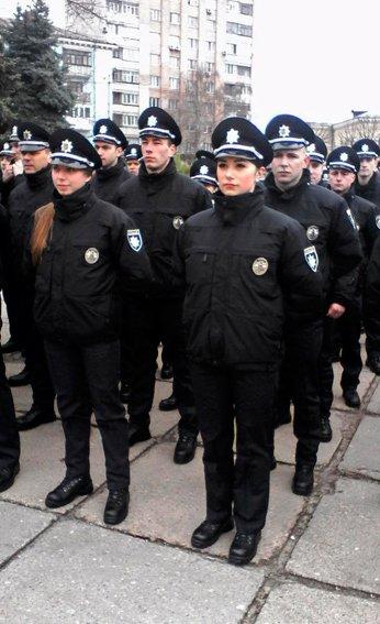 В Житомире  229 новых патрульных полицейских приняли присягу (фото) - фото 2