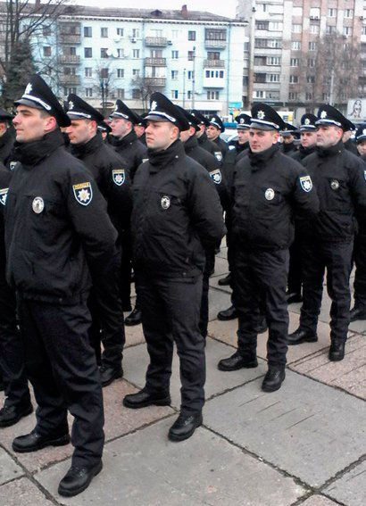 В Житомире  229 новых патрульных полицейских приняли присягу (фото) - фото 1