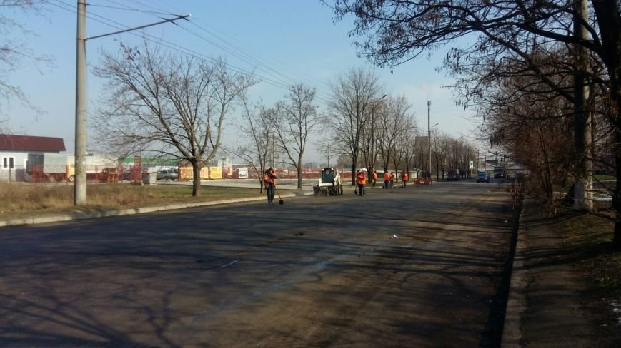 Дорожники готовят днепропетровские улицы к ямочному ремонту (ФОТО) (фото) - фото 7