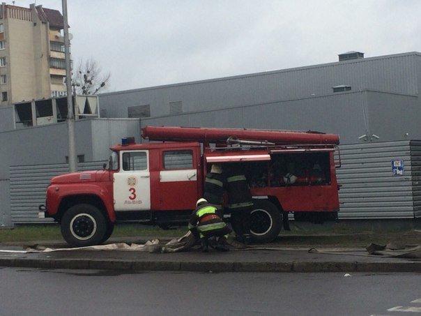 У львівській багатоповерхівці горіла квартира (ФОТО) (фото) - фото 1