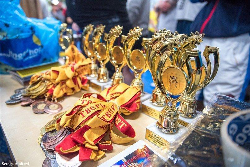В Твери прошел мастерский турнир по русскому жиму (ФОТО) (фото) - фото 1