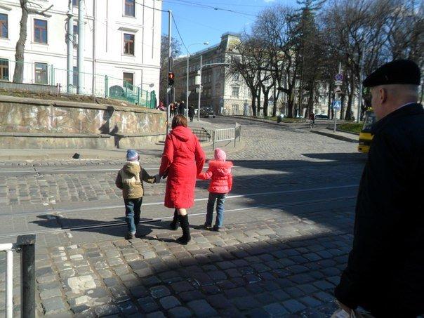 Львівські пішоходи почали менше порушувати правила дорожнього руху через боязнь отримати штраф (ФОТО) (фото) - фото 2
