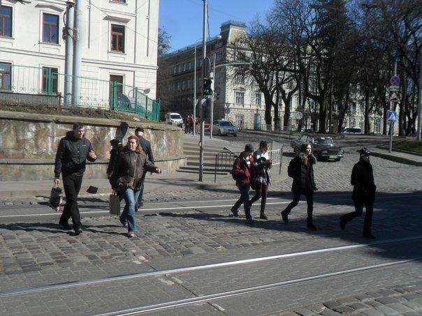 Львівські пішоходи почали менше порушувати правила дорожнього руху через боязнь отримати штраф (ФОТО), фото-1